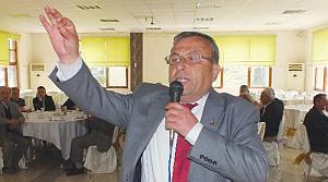 Nihat Oktay, CHP İlçe Başkanlığı'na Aday Olduğunu Açıkladı