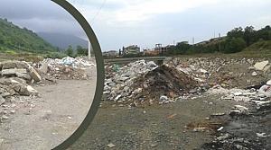 Yakakent'te Atıklar Çevreyi Kirletiyor