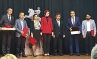 """""""Eğitimin Yıldızları"""" Projesi Ödül Töreni Düzenlendi"""