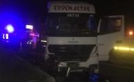 Amasya'da otomobil ile tır çarpıştı: 1 ölü, 3 yaralı