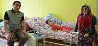 7 Yaşındaki Küçük Kız Yatağa Bağımlı...
