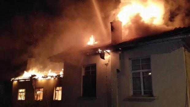 Bafra'da Çıkan Yangın Büyümeden Söndürüldü - 1