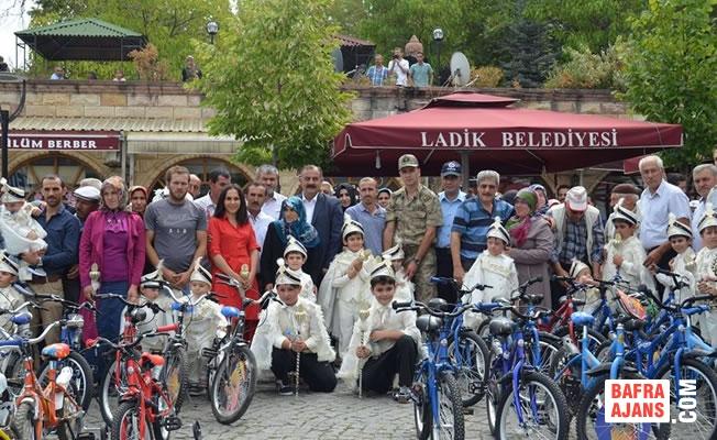 Ladik Belediyesi'nden Toplu Sünnet Şöleni
