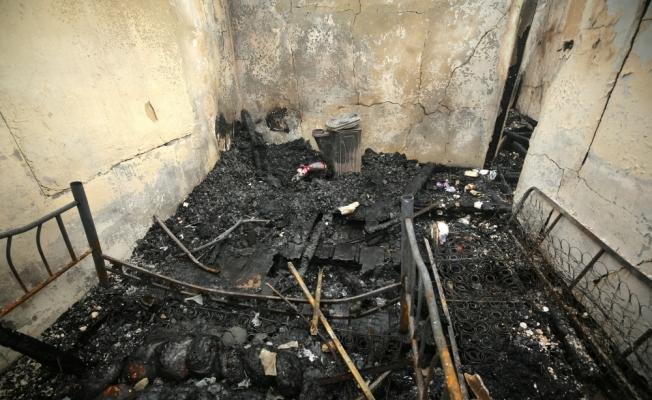 Yangında ölen kardeşlerden geriye ders kitapları kaldı