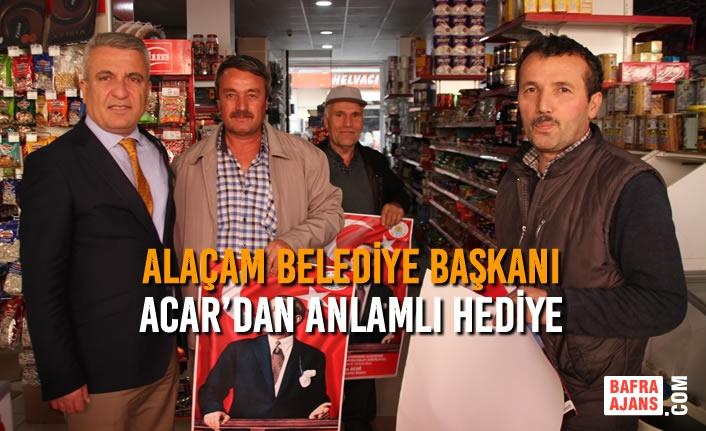 Alaçam Belediye Başkanı İlyas Acar'dan Anlamlı Hediye