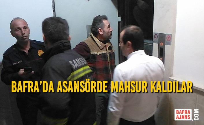 Bafra'da Asansörde Mahsur Kaldılar