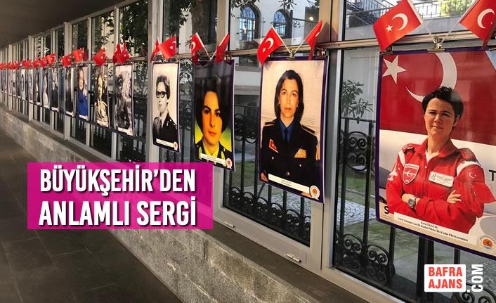 İlklere İmza Atan Türk Kadınları Sergisi Kent Müzesi'nde Açılarak İlgi Odağı Oldu