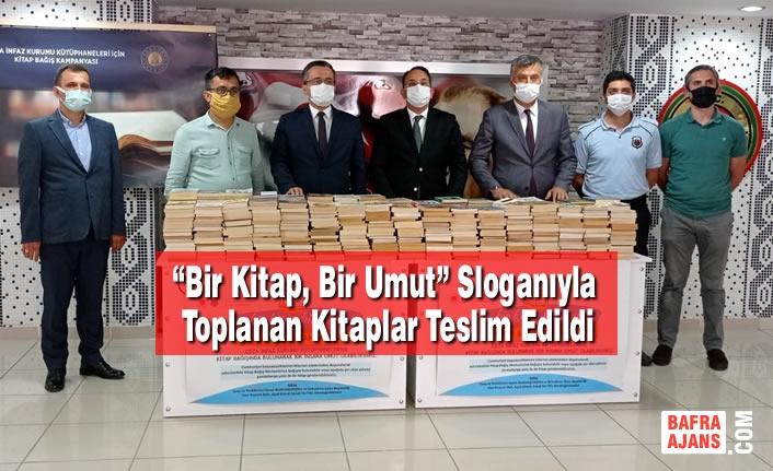 """""""Bir Kitap, Bir Umut"""" Sloganıyla Toplanan Kitaplar Teslim Edildi"""
