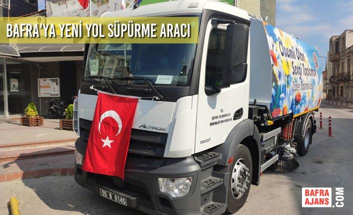 Bafra'da Yeni Yol Süpürme Aracı Hizmette