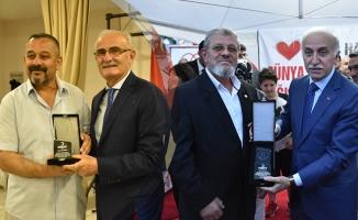 Samsun Kızılay'ından Kan Bağışı Yapanlara Madalya