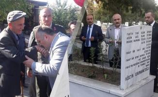 Erhan Usta; Bafra'da Şehit Ailesi İle Bayramlaştı