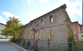 Osmanlı'nın 150 yıllık kışlası modern eğitim merkezi olacak