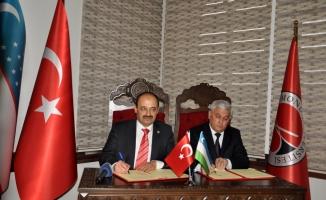 KÜ ile Taşkent Finans Enstitüsü arasında iş birliği protokolü