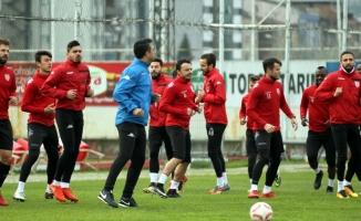 Samsunspor'da hedef Adana deplasmanından puanla dönmek