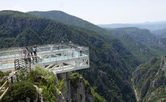 Nikahları 450 metre yüksekte kıyıldı