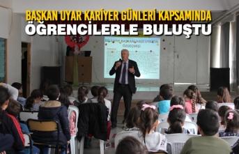 Başkan Uyar Kariyer Günleri Kapsamında Öğrencilerle Buluştu