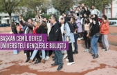 Başkan Deveci, Üniversiteli Gençlerle Buluştu