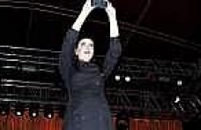 Sıla Ve Model Grubu Samsun'da Konser Verdi