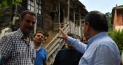 Başkan Mustafa Demir, Ekibiyle Birlikte SEL Bölgesinde