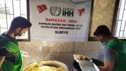 Bafra İHH Derneği'nden İdlib'teki Yetimlere İftar Yemeği