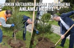 Orman Haftasında Başkan Toğaloğlu'na Anlamlı Hediye
