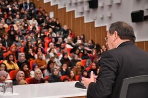 Başkan Demir, Üniversite Öğrencileriyle Buluştu