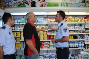 Büyükşehir Zabıtasından Marketlerde ''FİYAT ETİKETİ'' Kontrolü