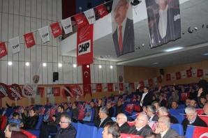 CHP'de Vahit Perçin Güven Tazeledi