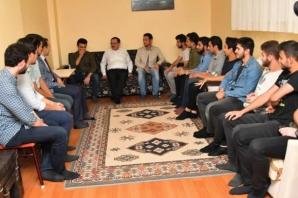 Başkan Demir Gençlerle; 'Kapımız Gençlere Açık'