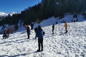 TÜGVA Öğrencileri Kış Kampına Katıldı