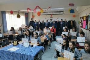 Bafra Fatih Ortaokulunda Karne Heyecanı