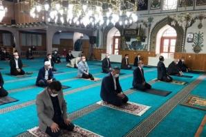 Bafra'da 74 Gün Sonra İlk Cuma Namazı