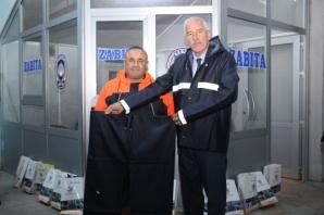 Alaçam Belediyesi Temizlik Personeline Kışlık Kıyafet