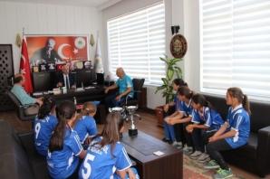 Türkiye Şampiyonlardan Başkan Uyar'a Teşekkür Ziyareti