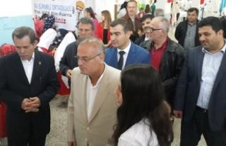 Sürmeli Ortaokulunda TÜBİTAK 4006 Bilim Fuarı...