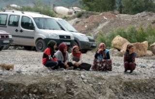 Tokat'ta Kelkit Çayı'nda kaybolduğu iddia edilen...