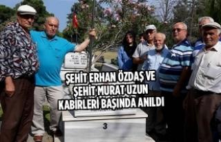 Şehit Erhan Özdaş Ve Murat Uzun Kabirleri Başında...