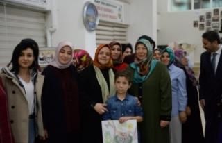 Aile, Çalışma ve Sosyal Hizmetler Bakanı Selçuk,...