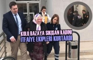 Kolu Bazaya Sıkışan Kadını İtfaiye Ekipleri...
