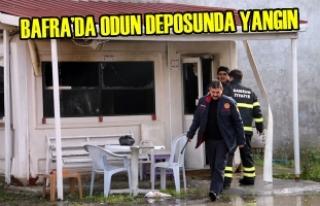 Bafra'da Odun Deposunda Yangın