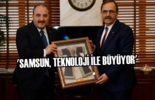 Başkan Zihni Şahin, Bakan Mustafa Varank'ı...