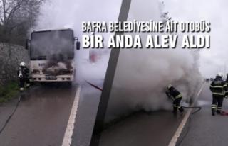 Bafra Belediyesine Ait Otobüs Bir Anda Alev Aldı