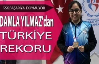 Bafra GSK'lı Damla Yılmaz'dan Türkiye Rekoru