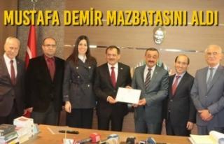 Mustafa Demir Mazbatasını Aldı