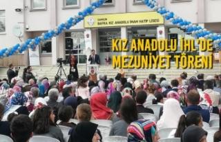 Bafra Kız Anadolu İmam Hatip Lisesi'nde Mezuniyet...