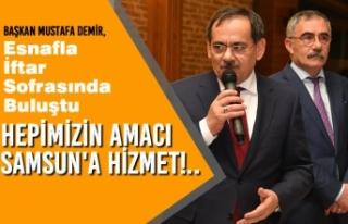 Başkan Mustafa Demir, Esnafla İftar Sofrasında...