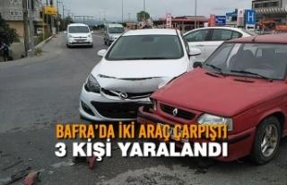 Bafra'da İki Araç Çarpıştı: 3 Yaralı