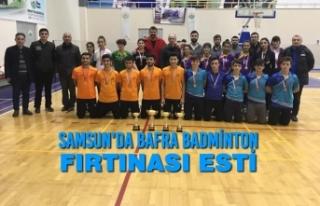 Samsun'da Bafra Badminton Fırtınası Esti