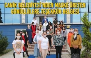 Canik Belediyesi'nden Maske Üreten Gönüllülere...