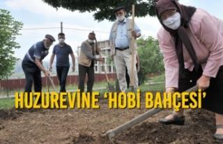 Huzurevine 'Hobi Bahçesi'